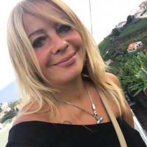 Nadia la bonne beruette à sexe de Roubaix