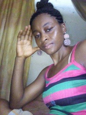 recherche femme cameroun)